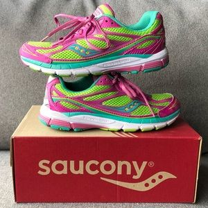 Saucony Girls Ride 7 Shoes Size 2 ~ Like New!